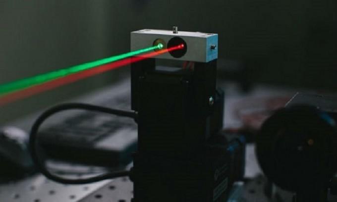 facebook laser Imagen destacada